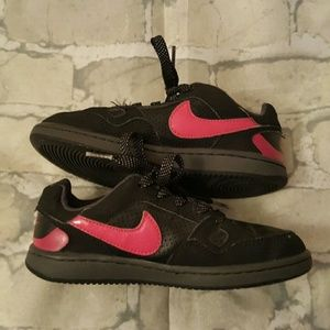 Girls Nike sneakers